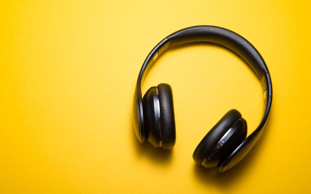 Audiointerview: Schwarze Kopfhörer